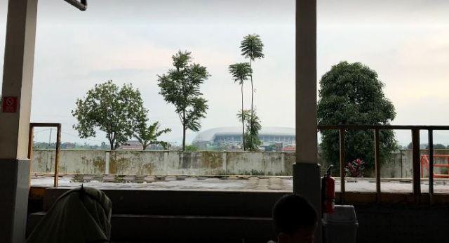 Stasiun Cimekar Bandung Dekat Stadion GBLA dan Masjid Terapung Al Jabbar