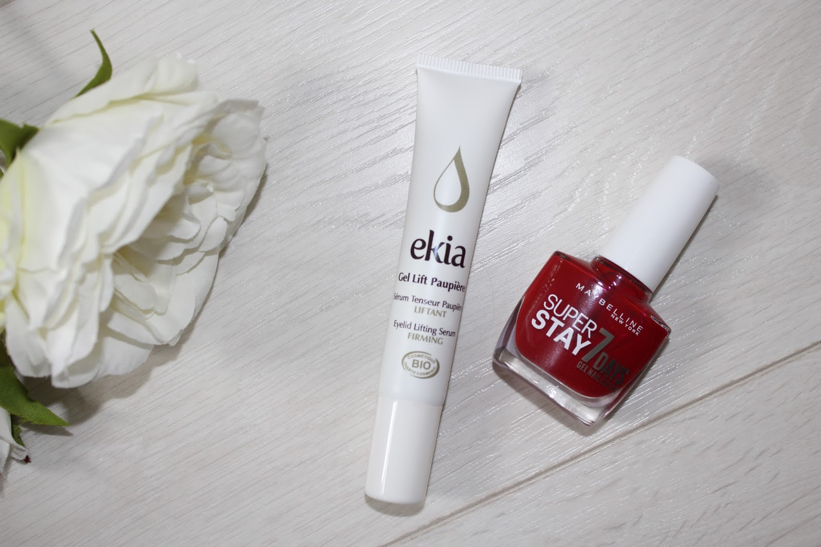September Favourites 8 - Ekia Eyelid Lifting Serum