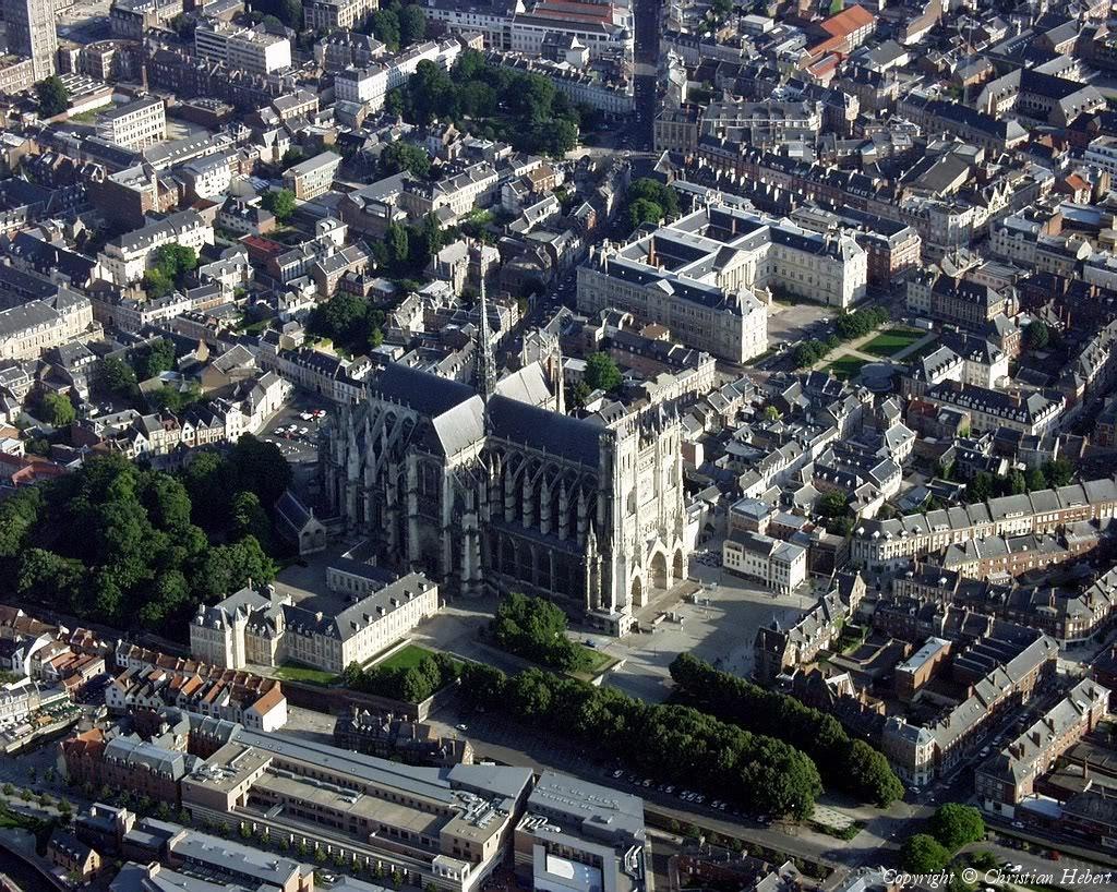 Amiens, Cidade Francesa do Departamento de Somme