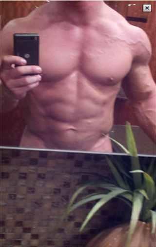 Summerslam 2011 John Cena Exposes Self On Twitter