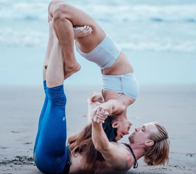 Aashka Goradia Flaunts An Acro hot Yoga Pose With Husband Brent Goble