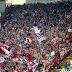 Το «πάρτι» στις εξέδρες και η απογοήτευση μετά την ήττα του Ολυμπιακού στο Βελιγράδι (video)