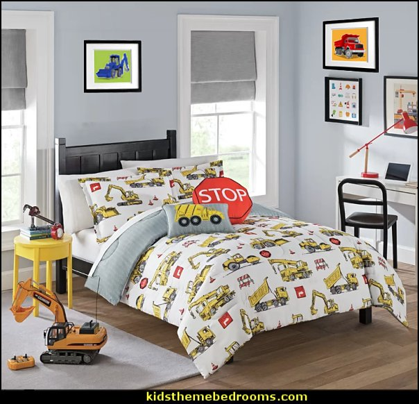 Under Construction Reversible Comforter Set   construction bedroom decor - construction truck decor - boys bedrooms construction themed