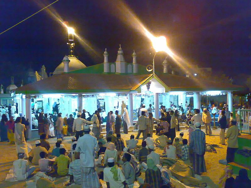 Tamilnadu Tourism: Erwadi Dargah, Ramanathapuram