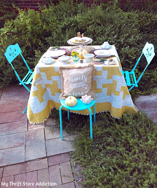 cupcakes and coffee in the garden simple fall tablescape