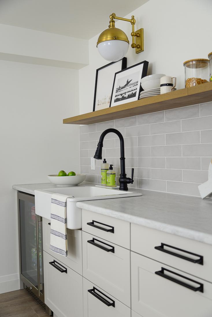 install floating shelves, floating shelves diy, floating shelves studs drywal