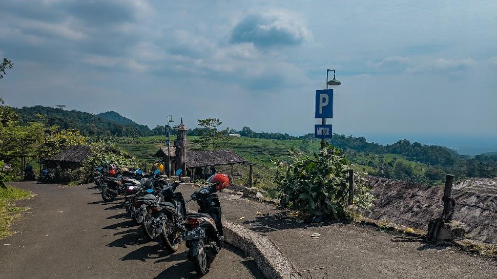 Mingguan Ke Ciboer Pass