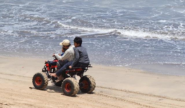Wahana Pantai Carita Anyer