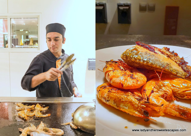 Live-cooking at Novotel Al Barsha seafood night