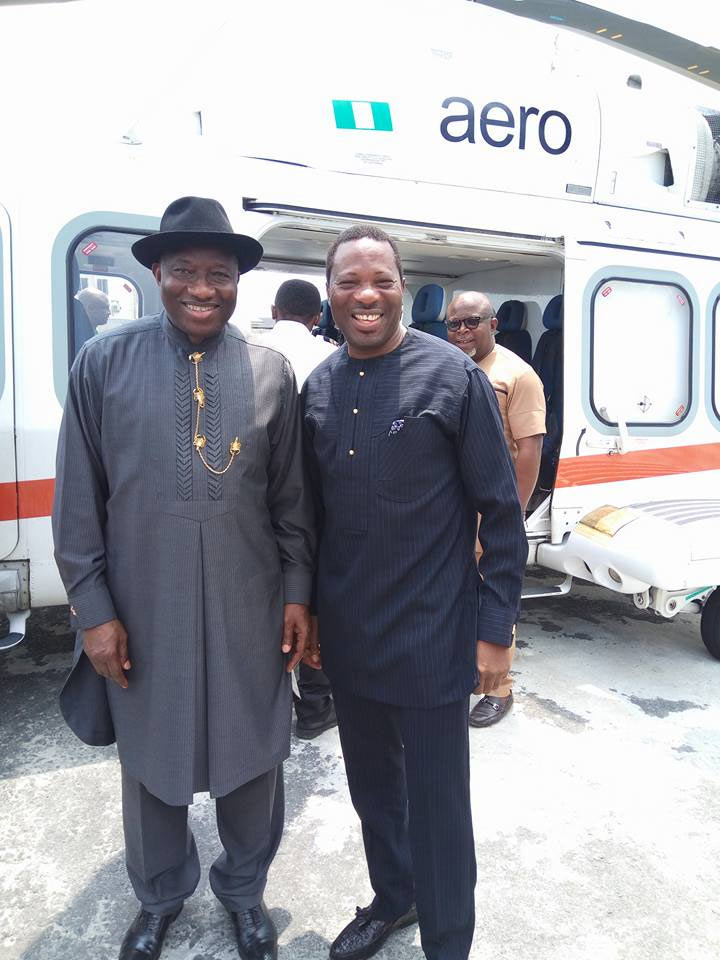 Goodluck Jonathan meets his lookalike, Rivers State commissioner for Information