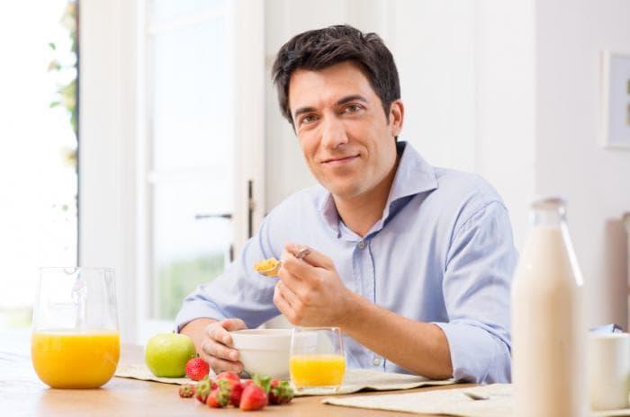 Mengatur pola makan