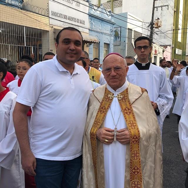 NEY JÚNIOR ACOMPANHA PROCISSÃO DA PADROEIRA DE NATAL