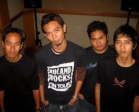 Chord Di Ubud Band - Kenanglah Aku