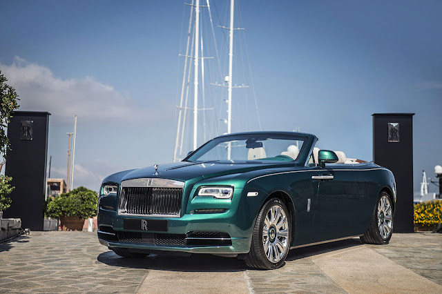 Rolls-Royce unveils Emerald embellished Dawn and Wraith