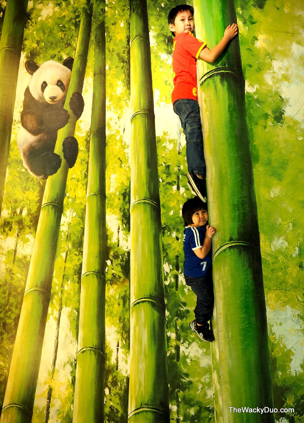 Trickeye Museum Rws Singapore Guide For Families The Wacky Duo Tiket Pandas