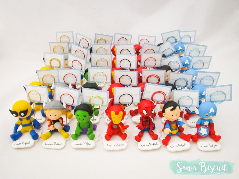 Herois Marvel DC Cubos Quadrinho Quadro Lembrancinha Homem Aranha Super Homem Homem de Ferro Flash Wolverine Thor Hulk Mulher Maravilha Batman Gaviao Arqueiro