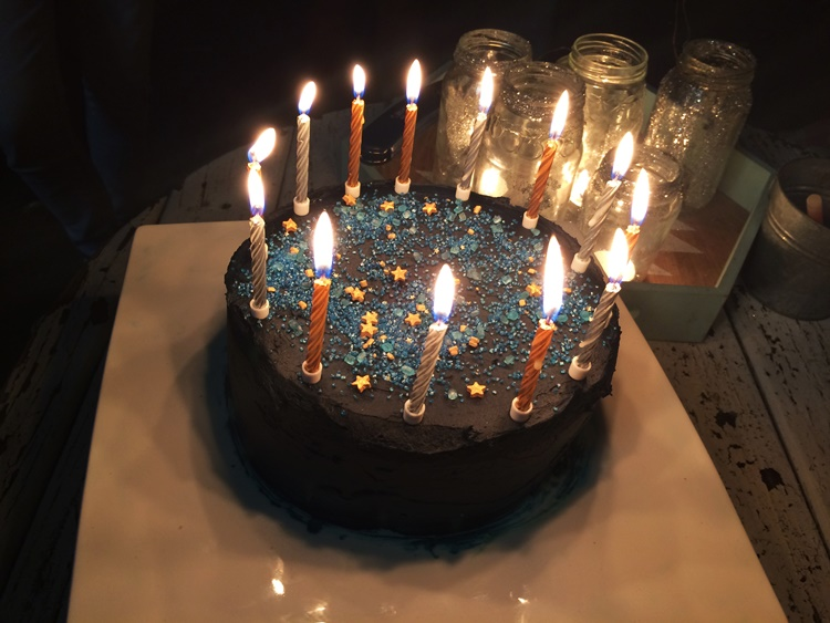 starry night birthday cake