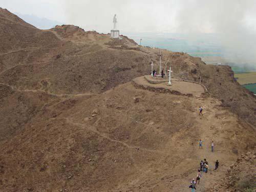 Cerro de Chepén y Via Crucis
