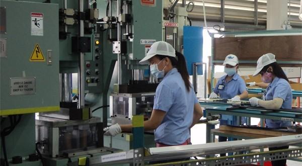 Tuyển 9 nữ làm công việc đúc nhựa tại Aichi tháng 6 năm 2019