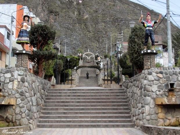 Huancavelica, scalinata verso il Cerro San Cristobal