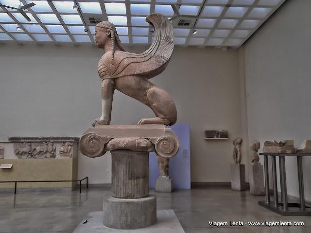 Esfinge de Naxos, Museu de Delfos, Grécia