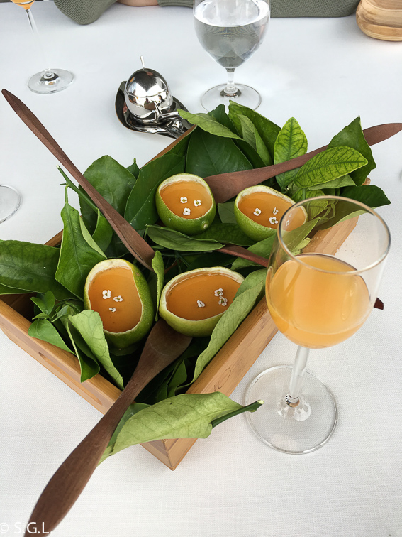 Limon grass y Vermouth en Azurmendi. Experiencia gastronomica
