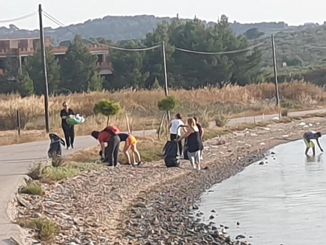 Καθαρισμός παραλίας από τον Πολιτιστικό Σύλλογο Φράγχθι