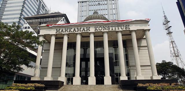 MK Tolak Gugatan Soal Wakil Menteri Yang Diajukan FKHK