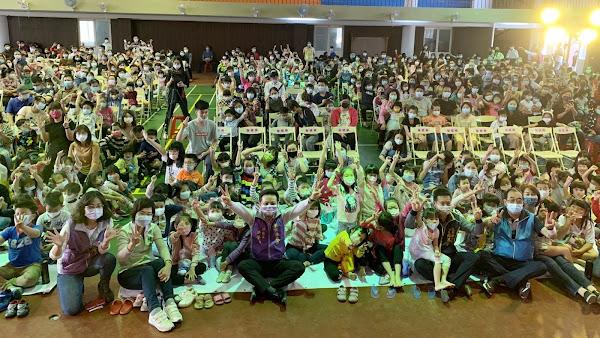 彰化囝仔好幸福 萍蓬草兒童劇團在二水國小演出