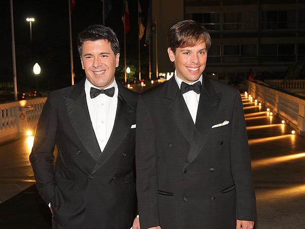 Após 18 anos de união, André Ramos e Bruno Chateaubriand se separam