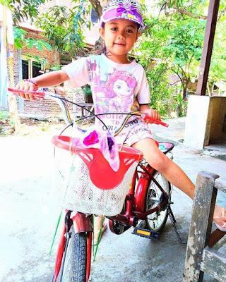 Zerli Anak Generasi Maju Bisa Naik Sepeda Roda Dua Sendiri