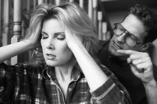 Abuzimi emocional, Ofendimet, Kritikat, Monitorimi, Akuzimi, Xhelozia, Tradhtia, Cka eshte abuzimi emocional