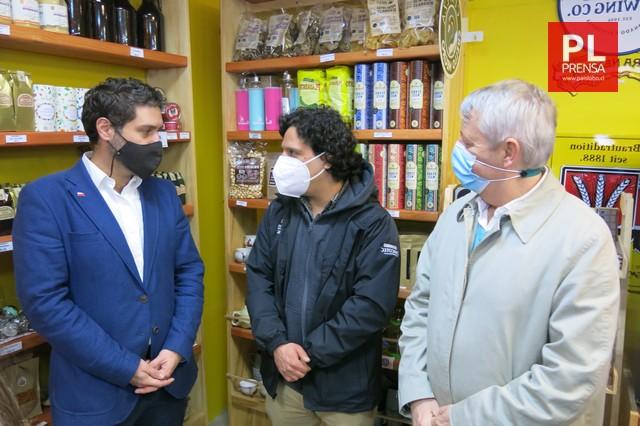 Osorno: Subsecretario de Economía visita a emprendedores