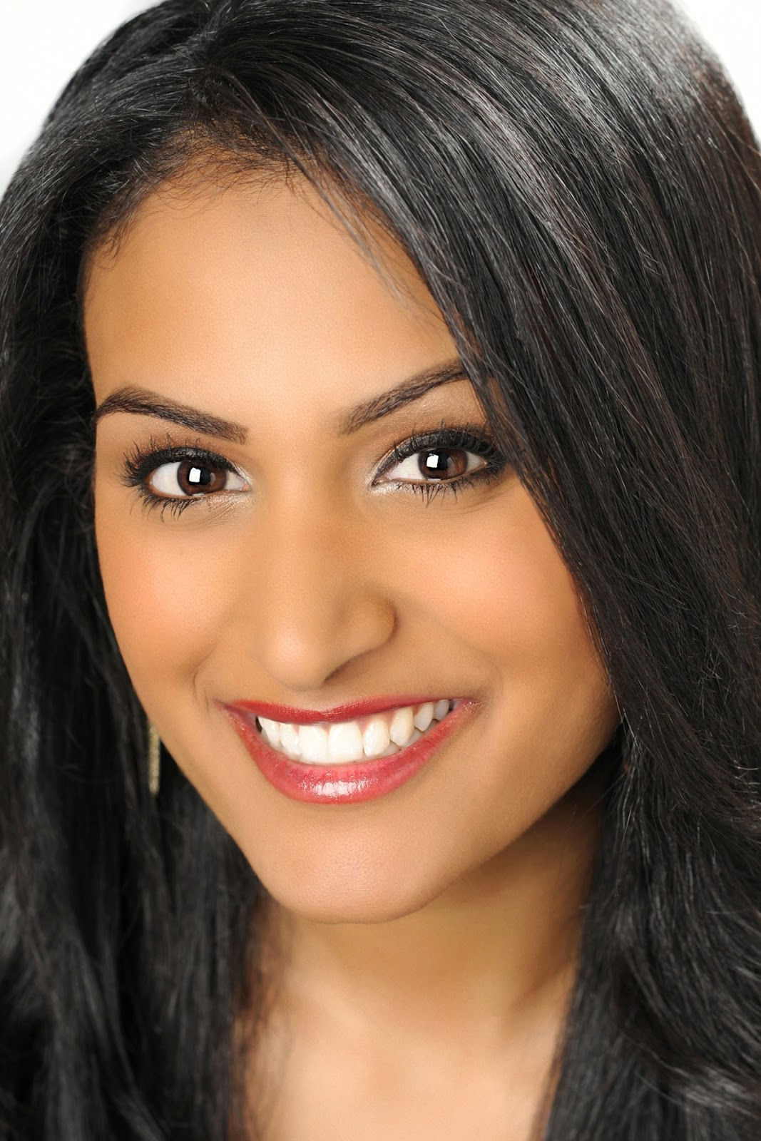 Nina Davuluri Miss America 2013 HD Wallpapers  HD