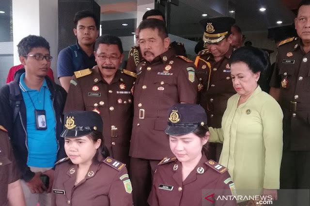Jaksa Agung Bantah Perintahkan Pinangki Urus Fatwa MA Djoko Tjandra