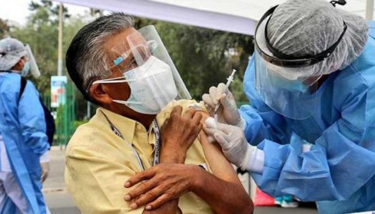 Arequipa: Inmunización de personas mayores de 50 años iniciara este domingo 20 de Junio