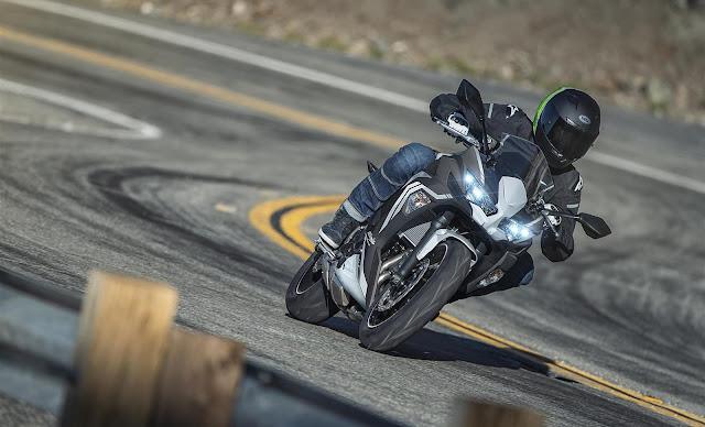 Kawasaki Ninja 650 2020 hitam putih wallpaper