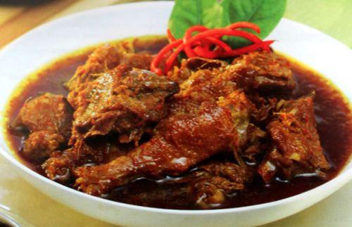 Resep semur ayam betawi yang super lezat lengkap dengan cara memasaknya