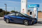 تويوتا تكشف عن سياره تعمل بالوقود الهيدروجيني