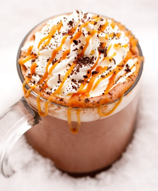 Salted Caramel Hot Chocolate #winterdrink #chocolate