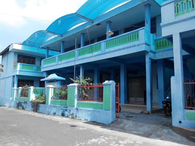 Gedung sekolahMuro'atuddin magetan