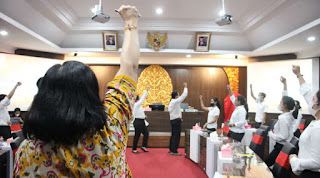 Santy Sastra Public Speaking, Yayasan Korpri Bali