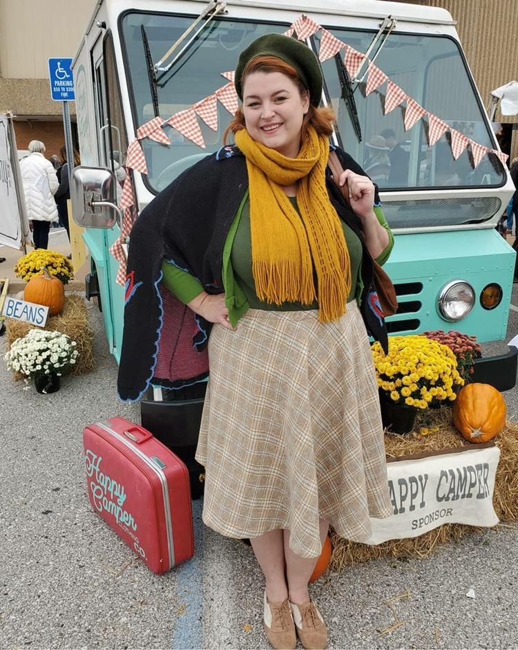Brittany Va-Voom Vintage at Vintage market days st louis with a retro blue camper