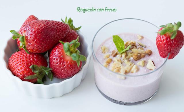 Cottage cheese with strawberries / Eva en pruebas
