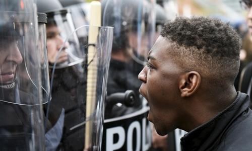 Riset: Rasisme Pemicu Kekerasan Polisi AS terhadap Warga Kulit Hitam