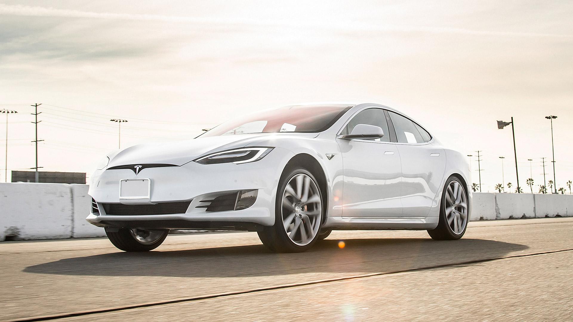 Tesla en europa