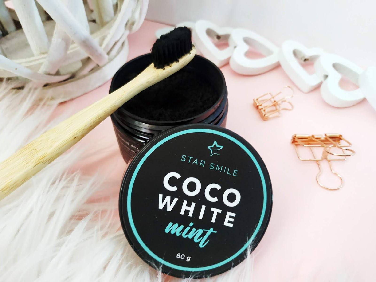 Coco White Mint na bazie nano carbonu Star Smile