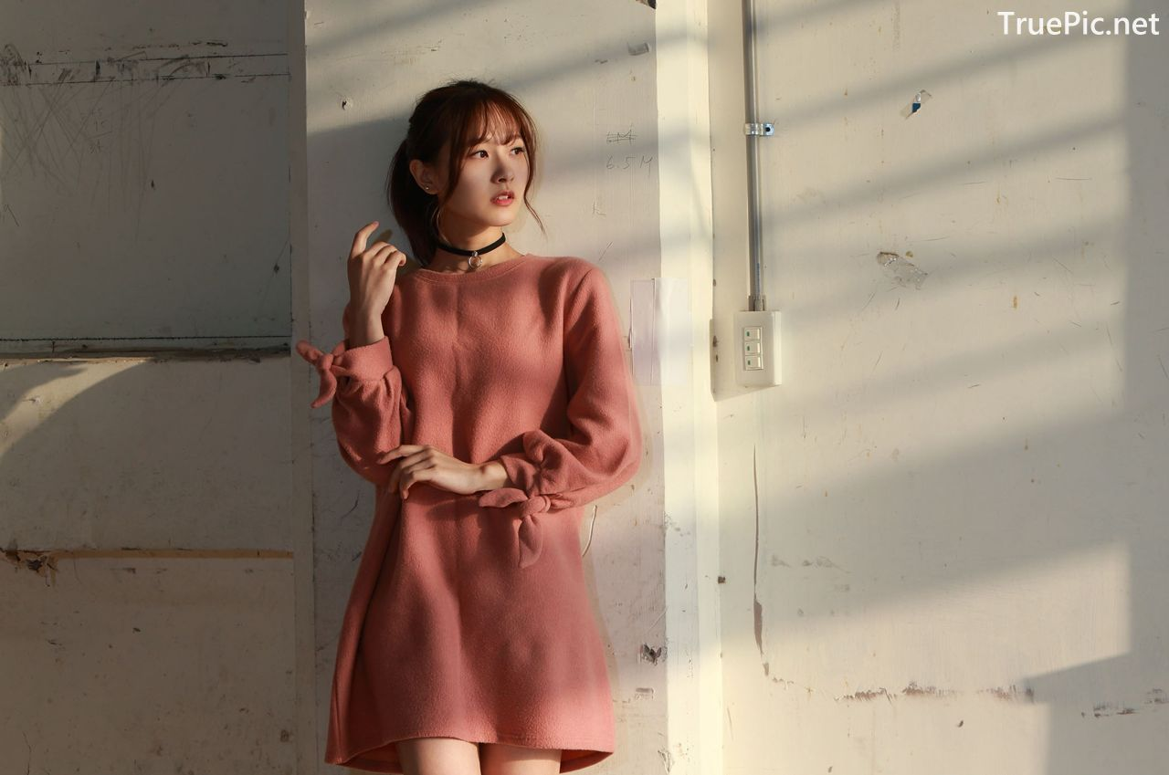 Image-Taiwanese-Model-郭思敏-Pure-And-Gorgeous-Girl-In-Pink-Sweater-Dress-TruePic.net- Picture-6