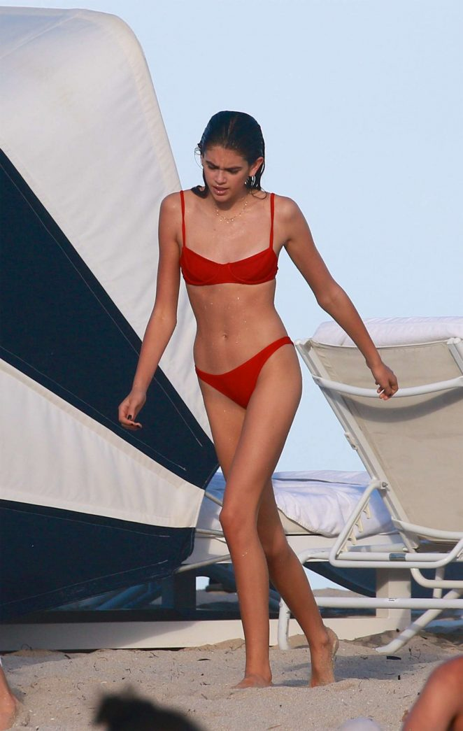 Kaia Gerber flaunts bikini body on Miami beach