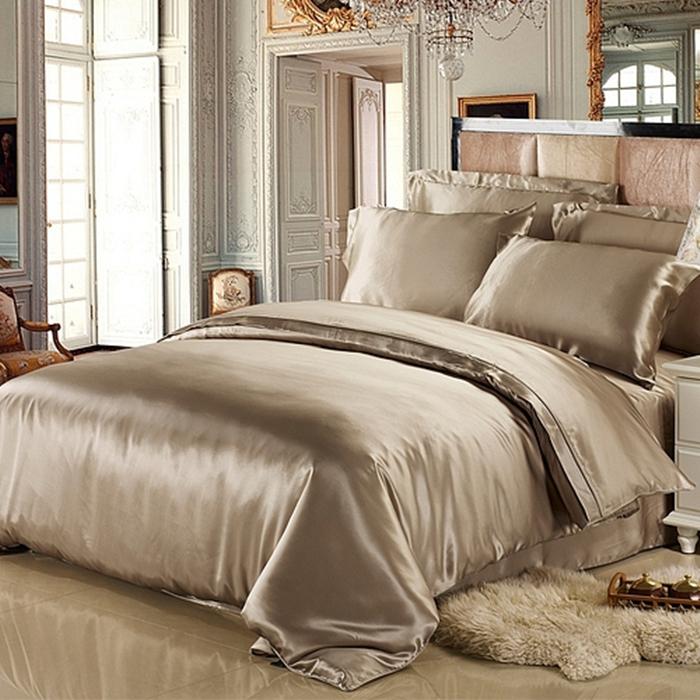https://www.freedomsilk.com/25-momme-luxurious-mulberry-silk-duvet-cover-p-44.html